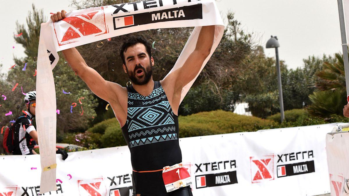 Roger Serrano (ESP) gewinnt XTERRA Malta